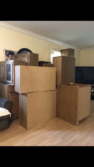 Kitchen cabinets for Sale in Sterling, VA