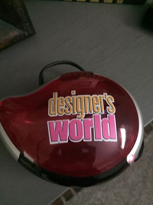 Designers World Game for TV- like new for Sale in Brea, CA