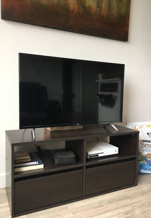 40 Inch TCL Roku 1080p Smart TV (2017) for Sale in Alexandria, VA