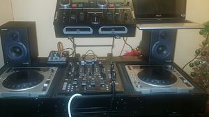 Cdjs mixer with case for Sale in Hopewell, VA