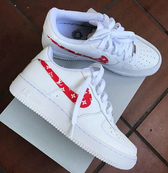 finest selection 1a1e3 8a4cb Custom Louis Vuitton Air Force Ones