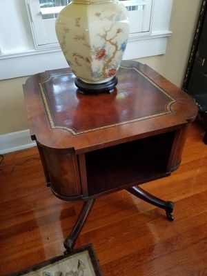 Set of Antique Endtables for Sale in Tampa, FL
