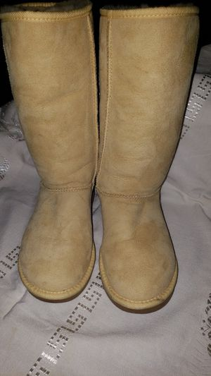 5f5a4fb72f9 New and Used Ugg for Sale in Glendale, CA - OfferUp