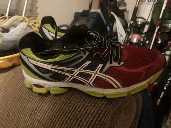 Two Pair Of Men S Nikes One Oasics Clothing Shoes In Corpus Christi Tx Offerup