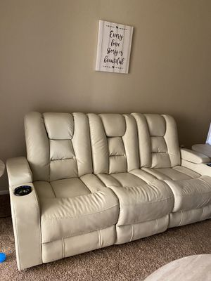 Photo White leather sofa couch 3 seat with drop down tray and electric head rest and leg rest