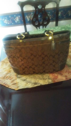 Brown Coach bag. for Sale in Raleigh, NC