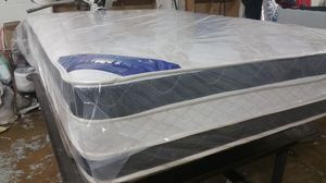 King Pillow Top Mattress Reversible with splits Box spring we have all sizes available at lowest prices and deliveries available for Sale in Arlington, VA