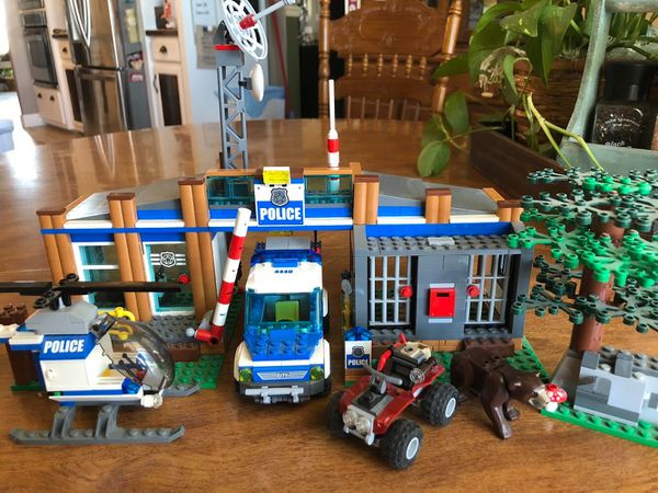 Lego City Forest Police Station 4440 For Sale In Krum Tx Offerup