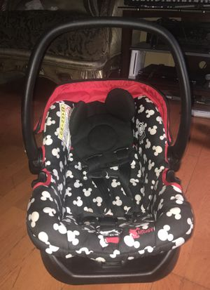 Graco Mickey Mouse Car seat for Sale in Frederick, MD