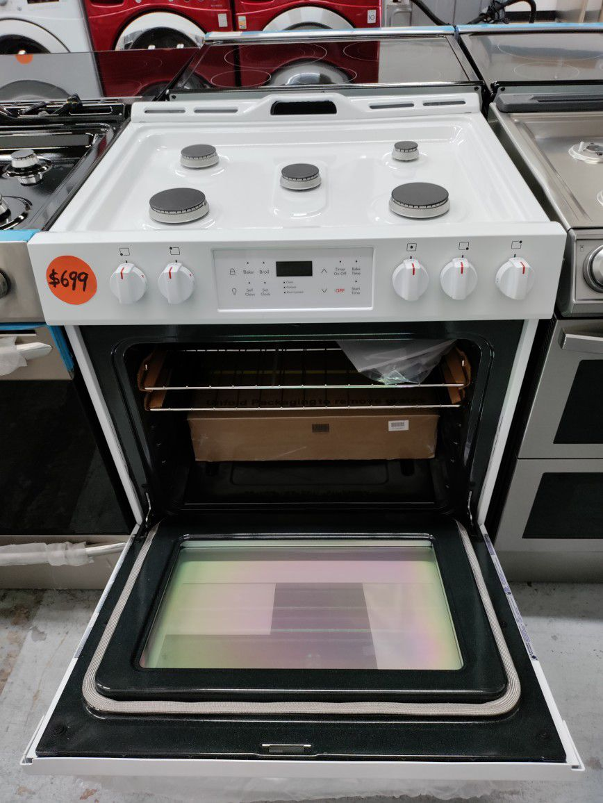 Frigidaire Slide In Gas Stove, New Scratch And Dent