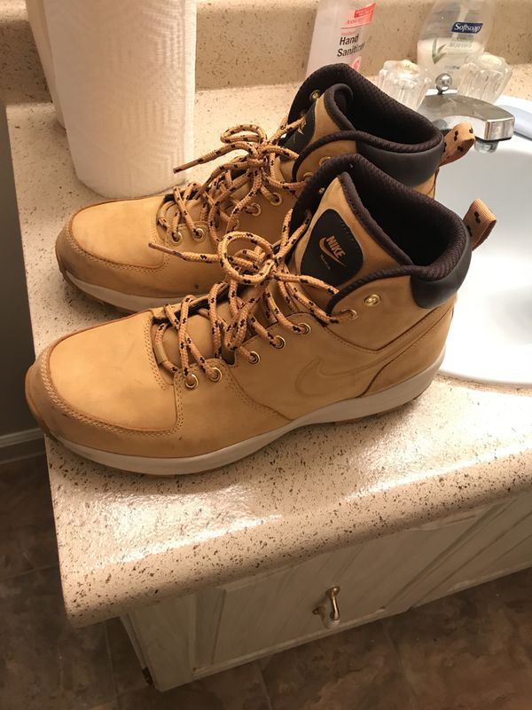 34663130a64afe Nike Acg manoa boots for Sale in Indianapolis