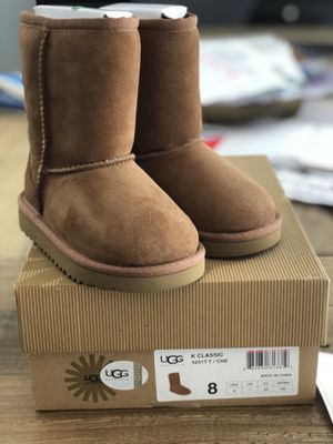 UGGS toddler size 8 for Sale in Miami, FL