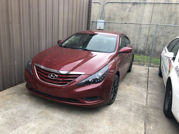 Hyundai Sonata Parts >> Hyundai Sonata Parts 2011 2012 2013 2014 Parting Out Only For Sale In Katy Tx Offerup