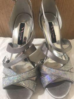Nina of New york , Iridescent silver sandals size 8 Thumbnail