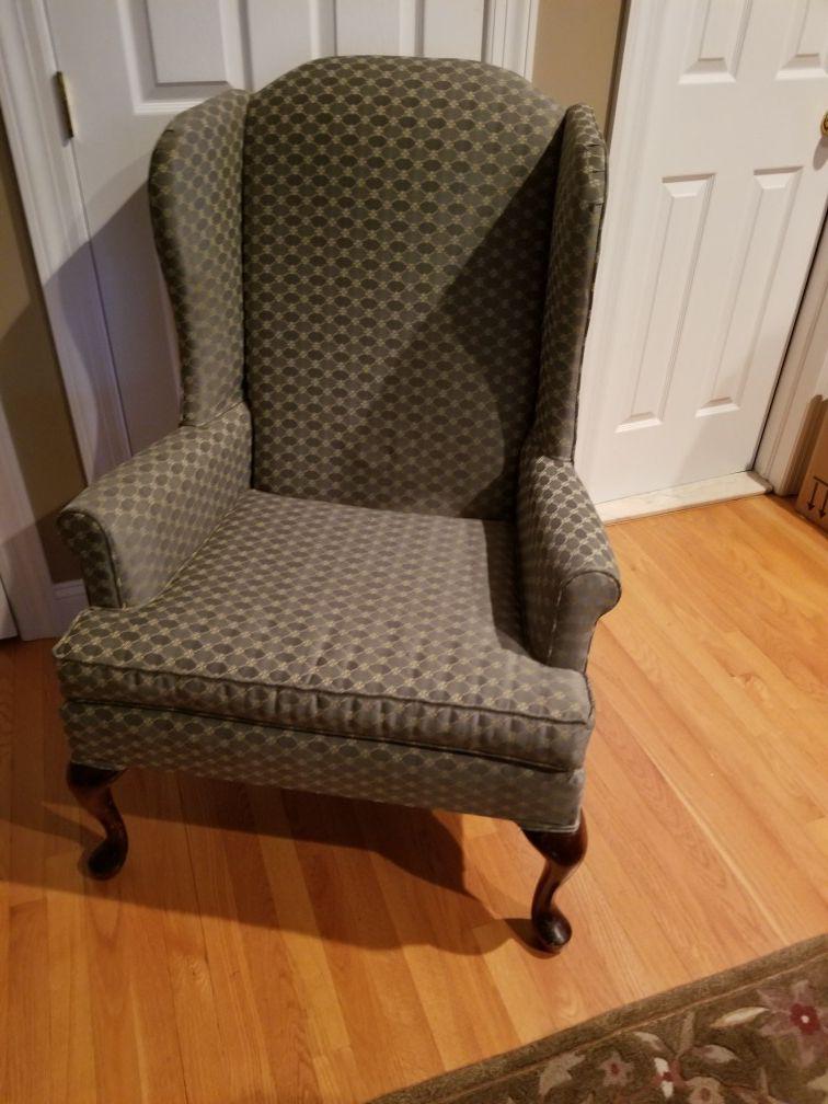 Broyhill Queen Anne Chair