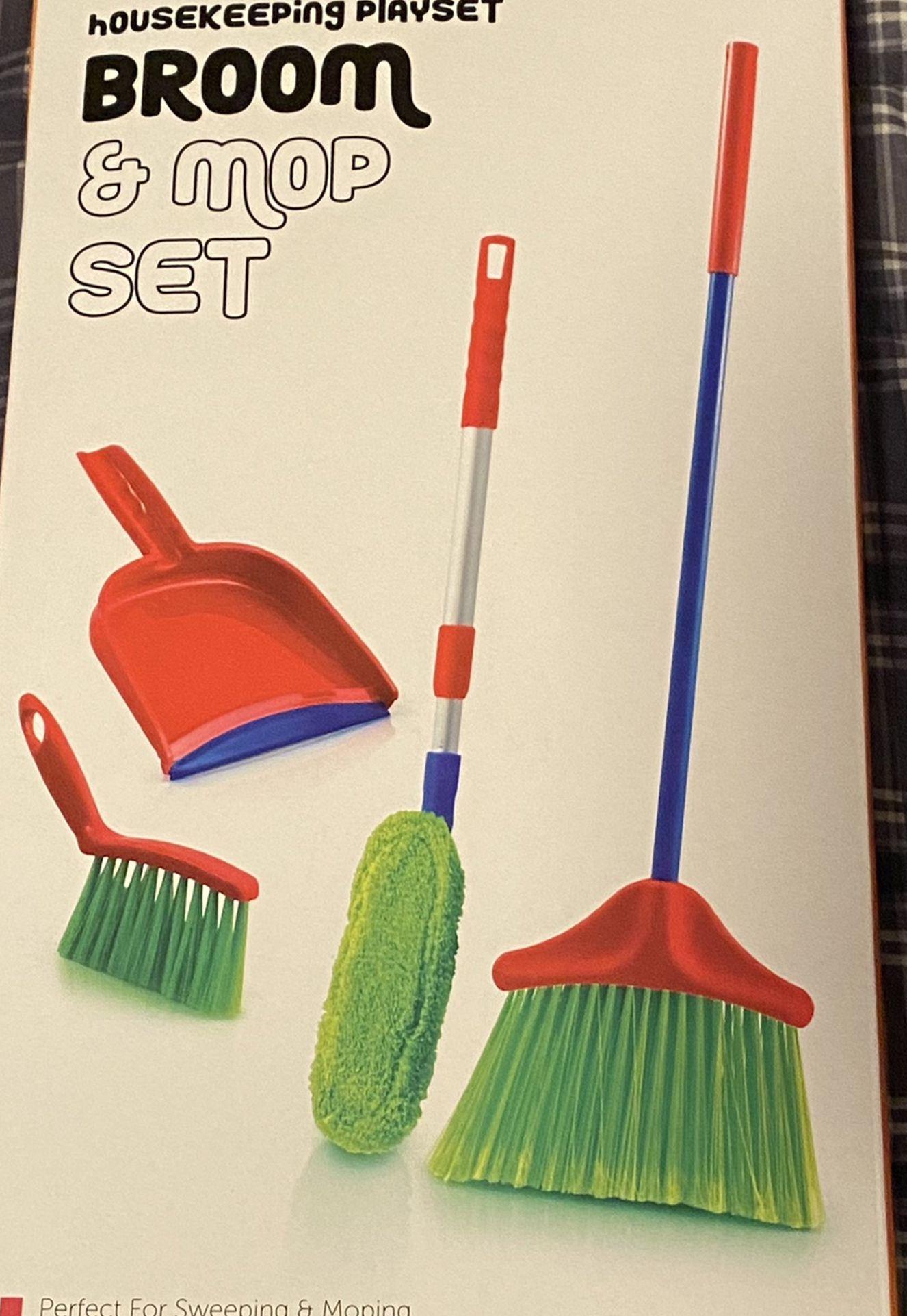 Kids Housekeeping Playset *(Brand New)