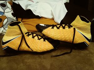 Nike Grip hypervenom soccer cleats for Sale in Altamonte Springs, FL