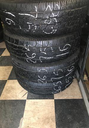 Photo 265/75/16 (4)Tire