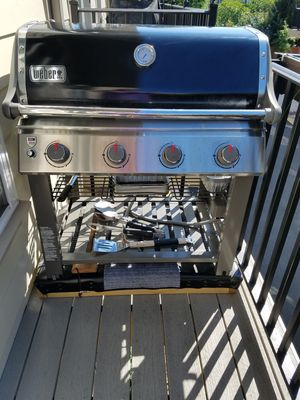 Weber Natural Gas Grill for Sale in Leesburg, VA