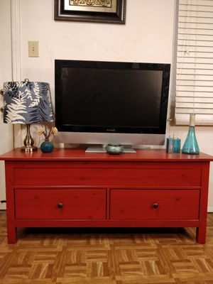 """Solid wood TV stand/storage bench with 2 big drawers in great condition, all drawers sliding smoothly. L55""""*W16""""*H22.5"""" for Sale in Annandale, VA"""
