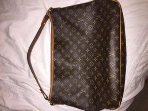 Louis Vuitton bag large size open for trade for Sale in San Jose 7ea72dc322d08