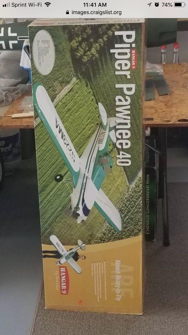 """R/C Airplane Hangar 9 Pawnee 40 80"""" wingspan for Sale in Menifee, CA -  OfferUp"""