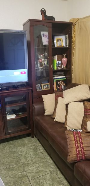 Bamboo mirror and wall unit for Sale in East Los Angeles, CA - OfferUp
