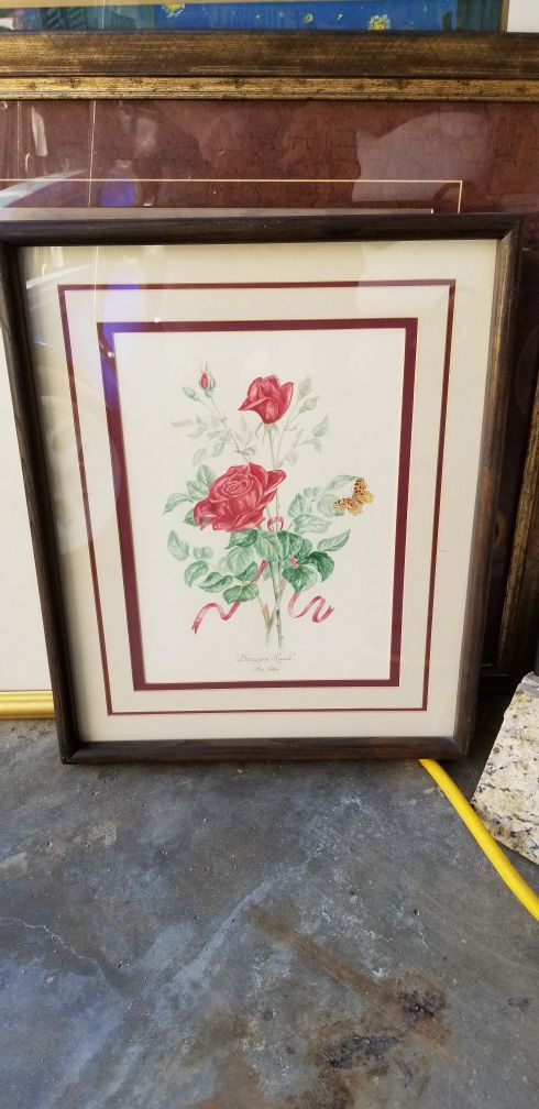 Nice picture frames for sale. Small and big frames $5 (Farming) in ...