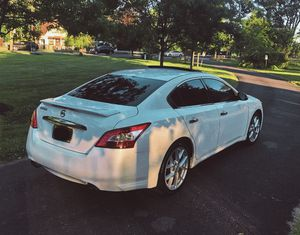 Photo Great2010 Nissan Maxima SV Automatic White