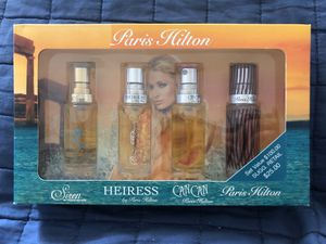 Photo Brand New Paris Hilton Eau De Parfum Spray Set .5 fl oz - I have (4) sets for sale $15 ea - I paid $25 ea - P/U IN AIEA - I DON'T DELIVER
