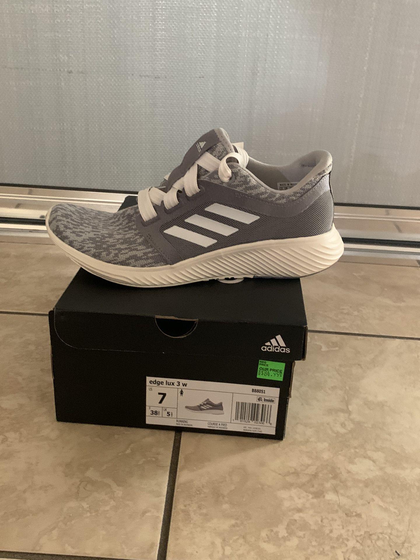 Adidas Edge Lux 3W, Size: 7 Men