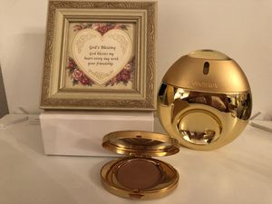 BOUCHERON Eau de Toilette- PARFUM, friendship frame, Este Lauder bronzer mirror. for Sale in Houston, TX