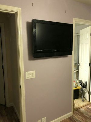 Flat-screen wall mount for Sale in Houston, TX