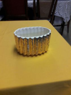 24 k gold container made in usa Thumbnail
