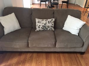Matching sofa and loveseat for sale in Pentagon City! for Sale in Arlington, VA