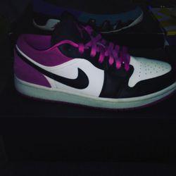 Shoes Sneakers, Nike Dunks, Jordan's, Air Max 270, Size 9 And 9.5 Thumbnail