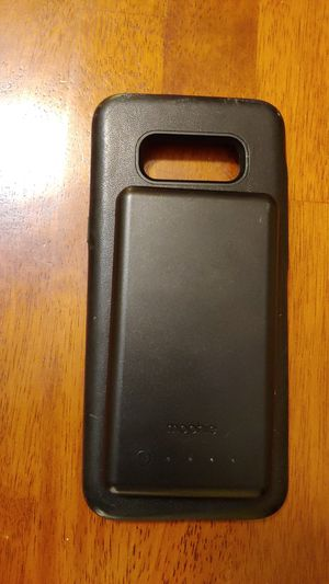 Mophie phone case w/battery pack for Sale in Fall River, MA