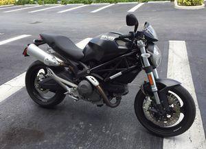 Ducati m696 (very few miles!) for Sale in Tampa, FL
