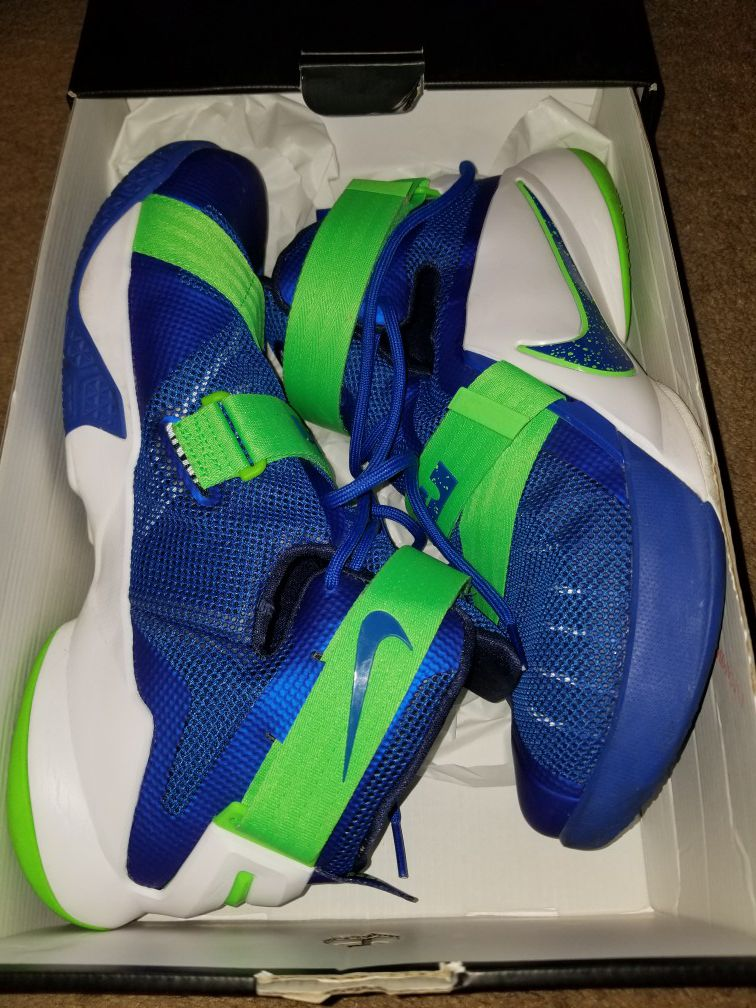 Lebron soldier 9 shoes