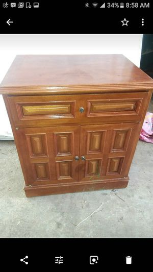 Darling Little Entryway Chest Early American For In Greensboro Nc