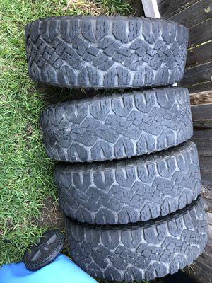 Photo 285-70-17 duratrac tires
