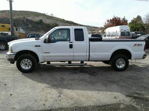 2004 Ford F250 Fx4 6.0 Powerstroke Turbo Diesel 400k Hwy miles runs and drives!!!! for Sale in Hillcrest Heights, MD