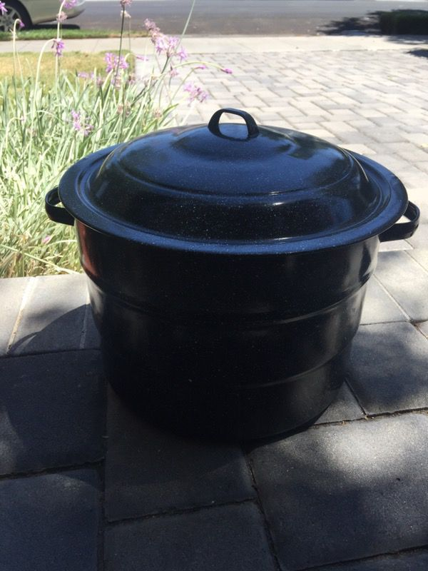 34d5ba860 Columbia home products pot granite ware for Sale in San Jose, CA - OfferUp