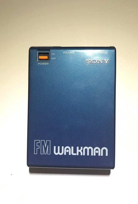 Original Sony Walkman FM for Sale in Stanford, CA - OfferUp