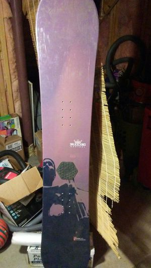 Snowboard great condition. The original price is 600.00, but I'll let it go for $250.00 for Sale in Denver, CO