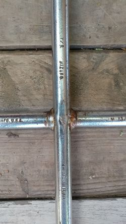 4-way tire tool breaker bar Thumbnail