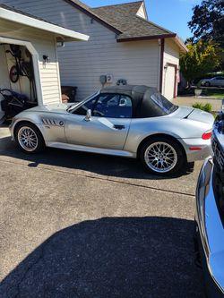 2001 BMW Z3 Thumbnail