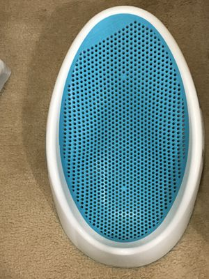 Bath tub (for infants) for Sale in Manassas, VA