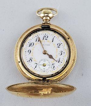 Photo Waltham pocket watch 16 jewels fancy dial 14K. solid gold case.