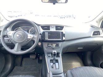 2019 Nissan Sentra Thumbnail